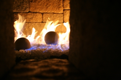 Fire balls for fireplaces